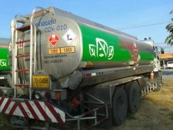 ขายรถบรรทุกน้ำมัน16000ลิตร