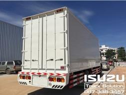 ISUZU รถบรรทุก 6 ล้อใหญ๋ สนใจติดต่อ 087-338-3457 ฟลุ๊คครับ